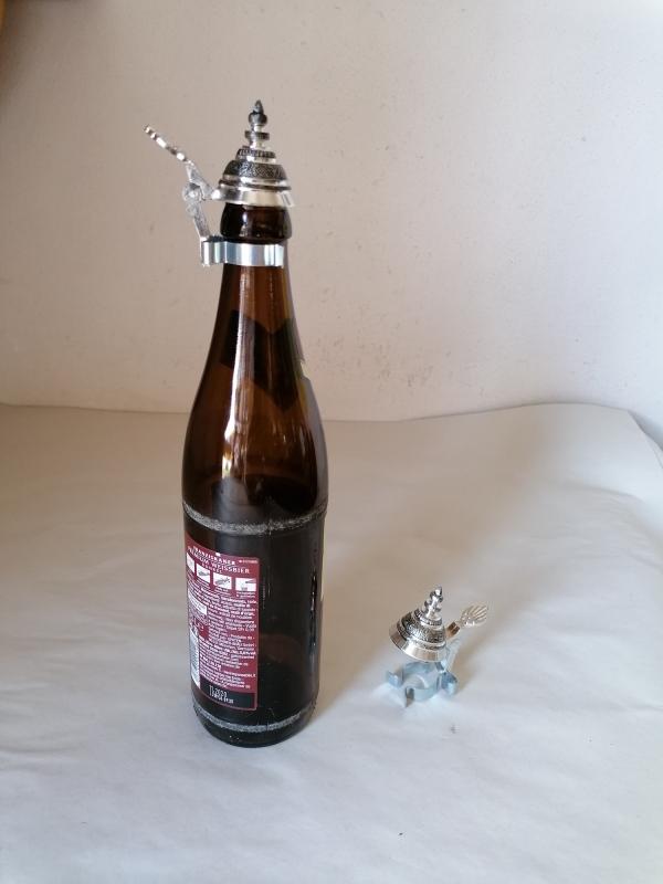 Spitzzinndeckel für Flaschen