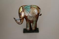 Elefant aus Metall